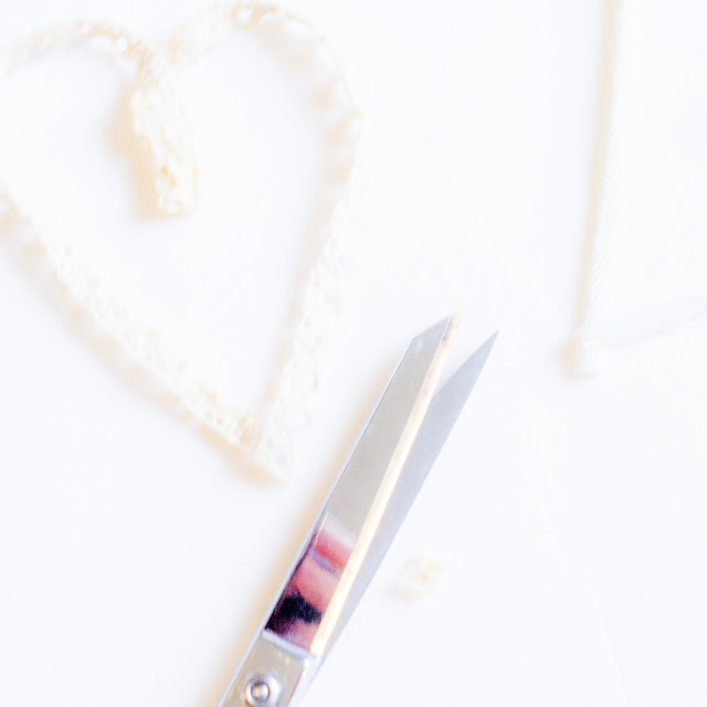 RIBBON HEART & TASSEL DIY CANARY JANE
