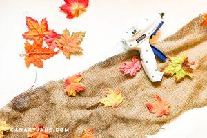 simple burlap leaf runner