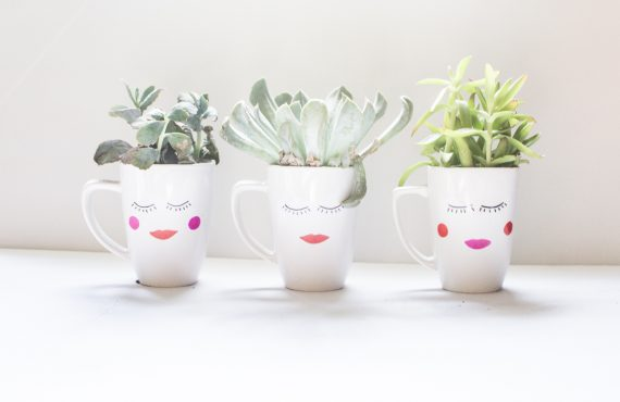 $1 Face Vase DIY + Free Printable Card