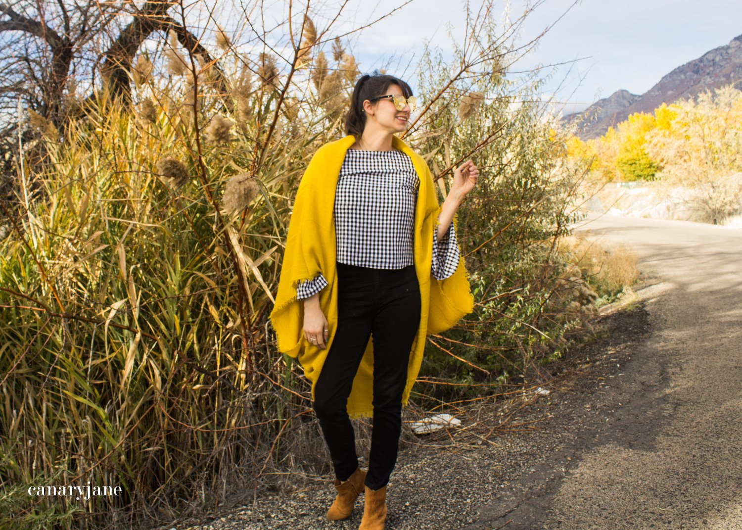 2018 fall scarf trend and how to wear it