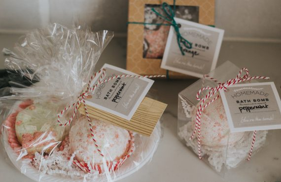 DIY Bath Bombs with Free Printable Gift Tag