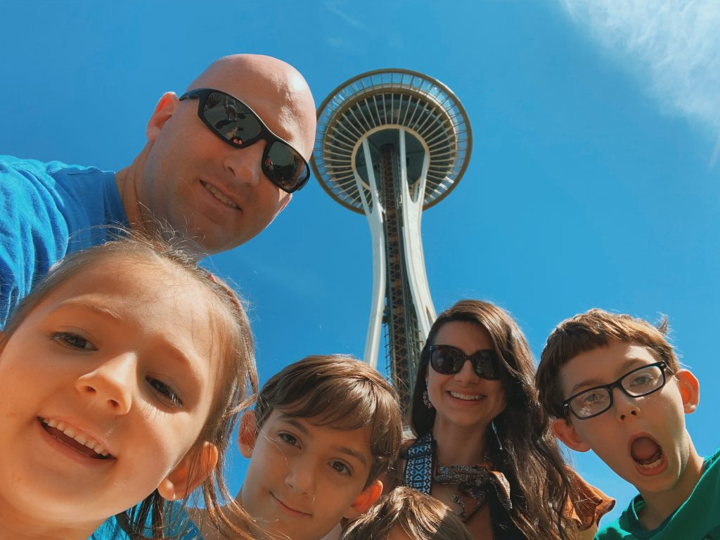 If you're planning a vacation or to travel to Seattle check out this list of activities that will also be fun with kids coming along. These kids friendly activities are great for children and unqiue to the Seattle area. Try a beach, mueseum, or the troll under the bridge.
